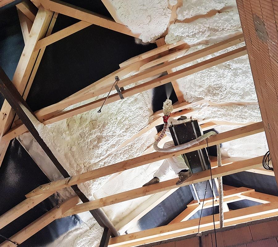 Termopur - Fa födém nyitott cellás szórt habszigetelése